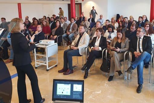 Agnes Csomos, Personal Shopper Inmobiliario Madrid